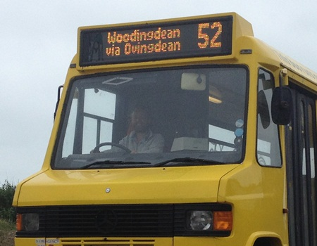 Bus 52 front